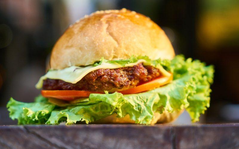 burger-2425419_1280
